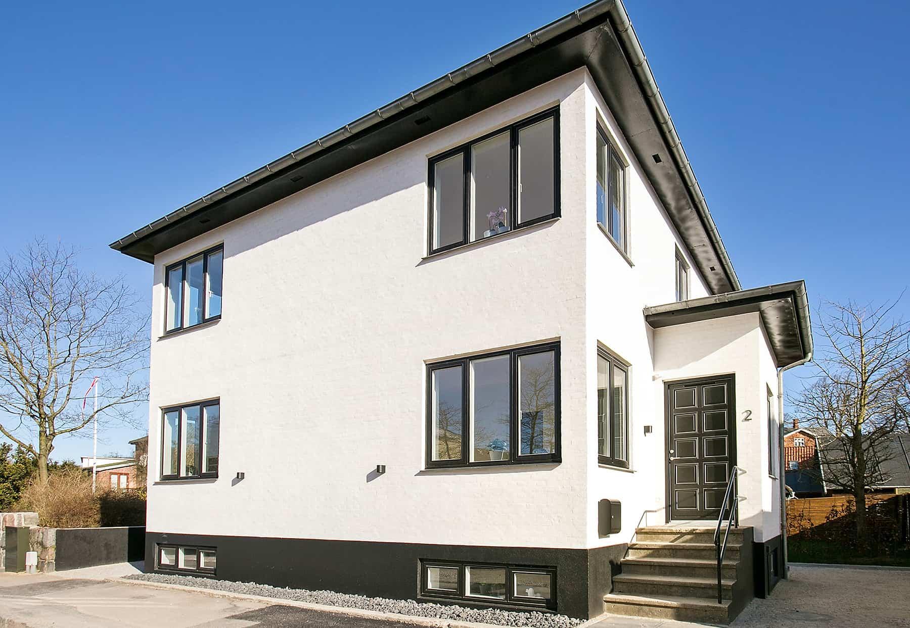 Funkisvilla med moderne Rationel AURAPLUS vinduer
