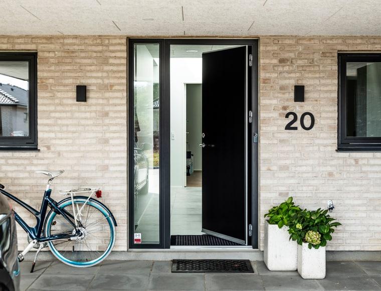 Vælg den rigtige dør til dit hus