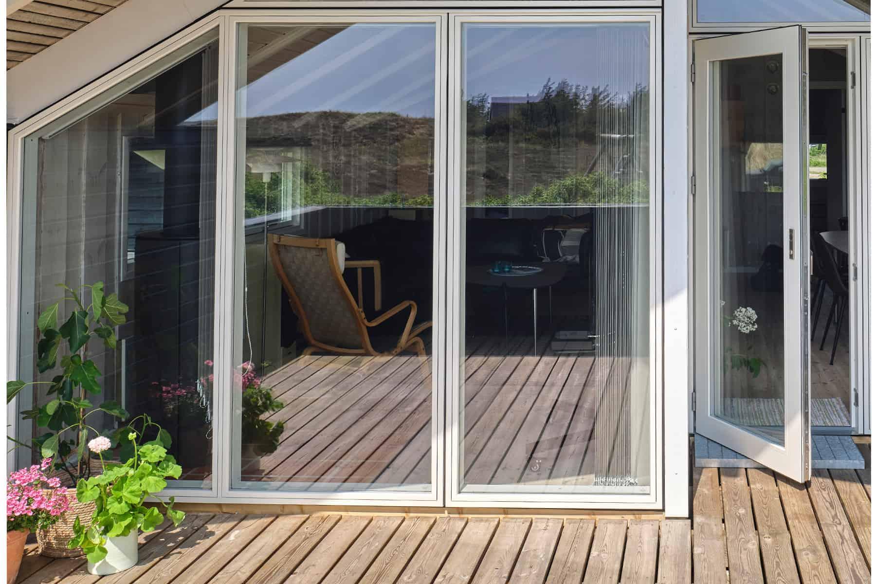 Træ/alu vinduer - så behøver du ikke male